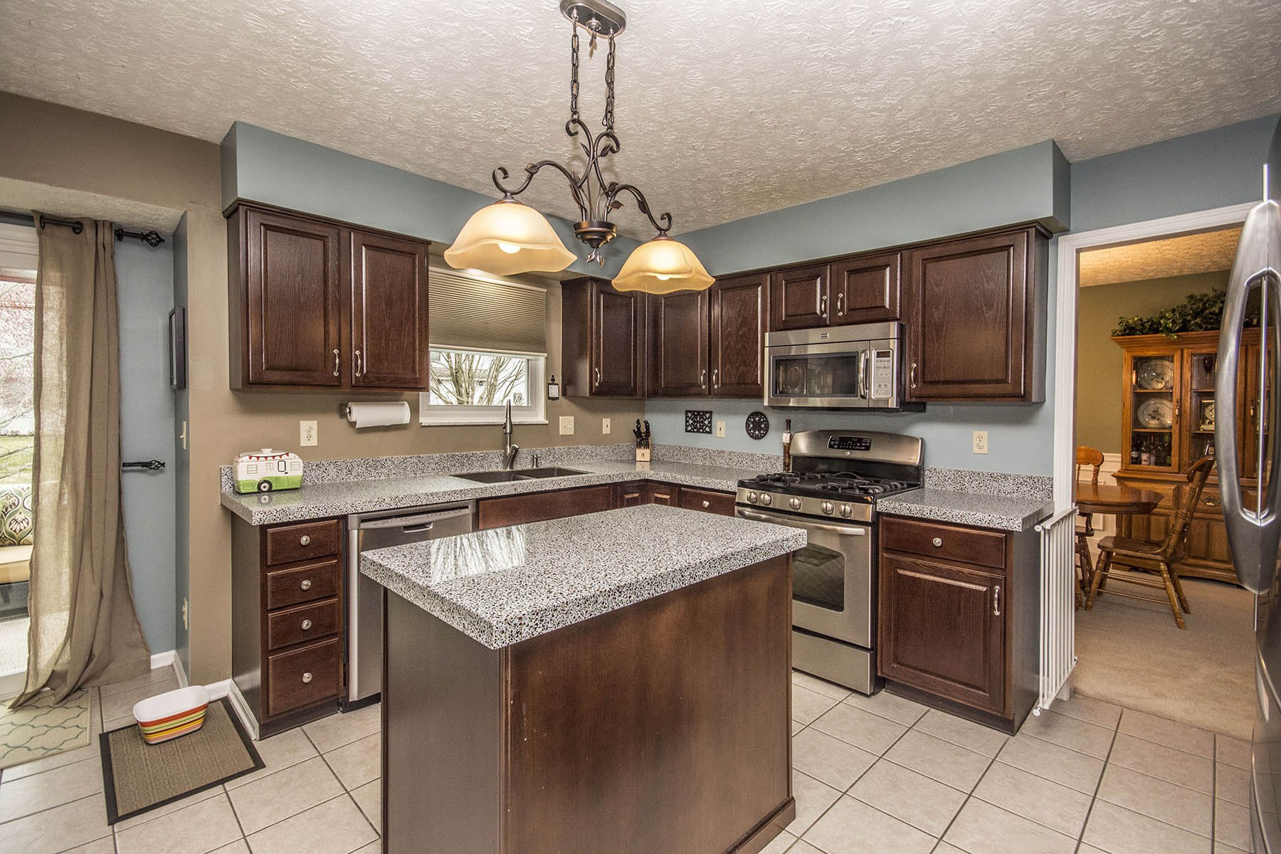 Kitchen in Mariners Cove Westerville OH Home